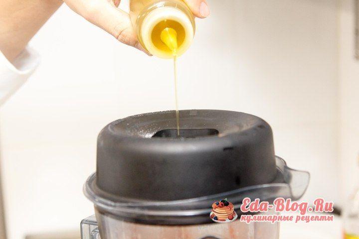 добавляем масло и специи