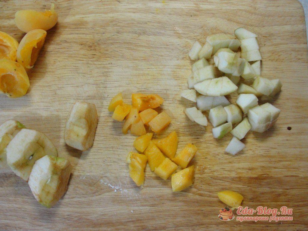 режем фрукты