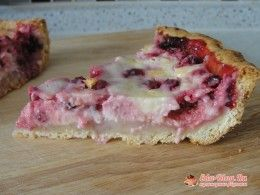 пирог с брусникой