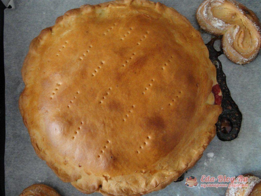 печем пирог